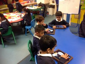 We used the ipads to play phonic games independently. This helps us with our phonic and word recognition.